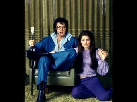 Elvis Presley-Rubberneckin' (Lyrics)