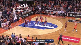 Travis Trice with 26 Points  vs. Cairns Taipans