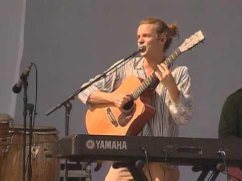Entrain - Dancing In The Light - 8/10/2008 - Martha's Vineyard Festival (Official)
