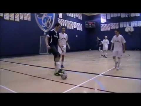 Soccer int rieur 2013 youtube for Interieur sport youtube