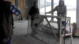 Как разбить каленое стекло,приколы на работе