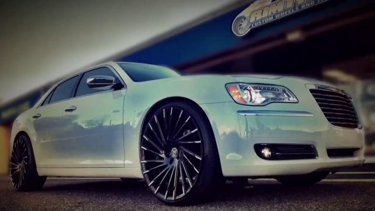 2014 Chrysler 300c Sitting On Custom 24 Quot Lexani Wraith