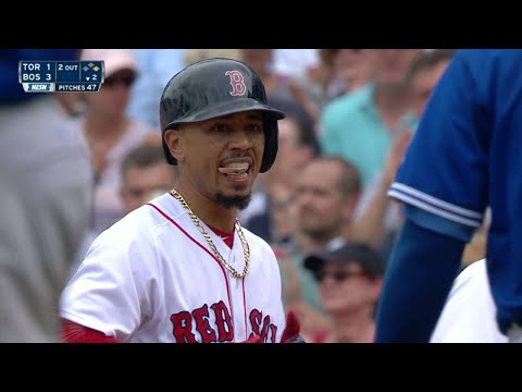 TOR@BOS: Betts plates a pair with a single to center
