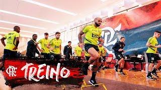 Flamengo treina para enfrentar o San José