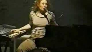Tori Amos Philadelphia 04-26-98 =14-She's Your Cocaine