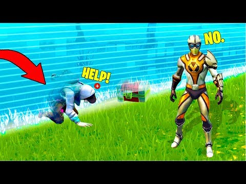 WHEN YOUR FRIEND IS AN IDIOT! FORTNITE FAILS & Epic Wins! #7 (Fortnite Battle Royale Funny Moments)