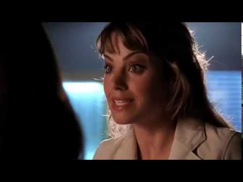 Smallville 4x01 - Martha finds Clark at the hospital