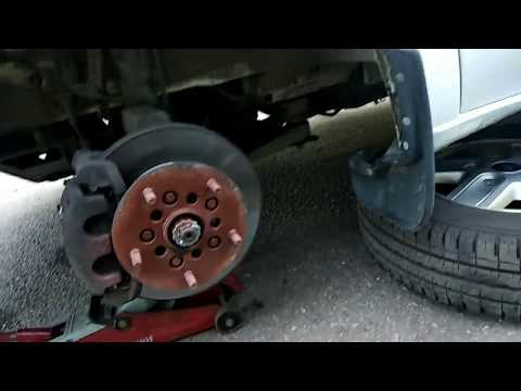 Правильная замена передних тормозных колодок Форд Транзит 2.4-2.2.  #тормозныеколодки#фордтранзит