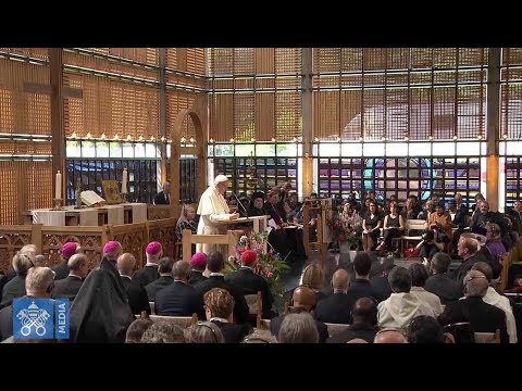"Pope Francis in Switzerland: We must all ""go out losing"" in ecumenism for God to win"