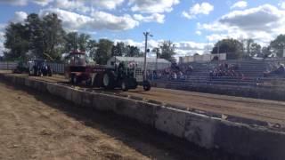 Ken Mauss Oliver 1900 Detroit Diesel, Caledonia  MN 2015