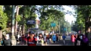 Liputan Parade Tante BeTi HiLo Platinum Car Free Day Bandung 2014