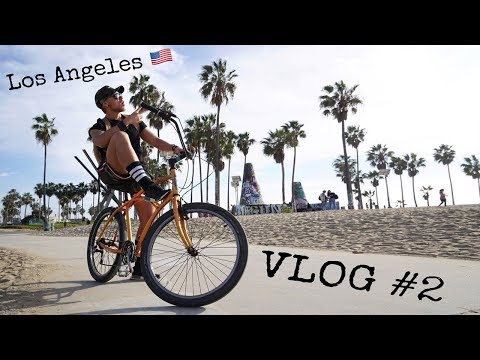 Los Angeles VLOG #2 | Venice Beach - Santa Monica Pier BIKE TOUR.