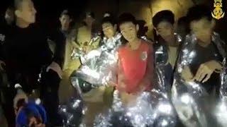 Tailandia: mientras avanza el rescate, la FIFA invitó a los chicos atrapados en la cueva a la final