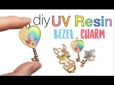 Watch me UV Resin Bezel Key Charm (ft. Sophie & Toffee)