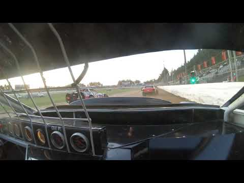 11C saloon heat 2 started of 9th finished in 5th. - dirt track racing video image