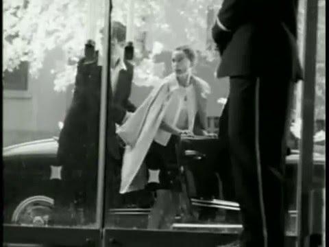 Watch A Teenage Natalie Portman Channel Audrey Hepburn
