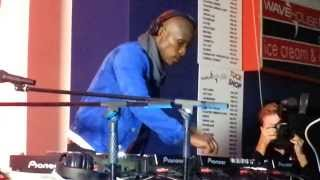 Dj Kent Live Ultimix@6 Durban July 2013 (4 decks)