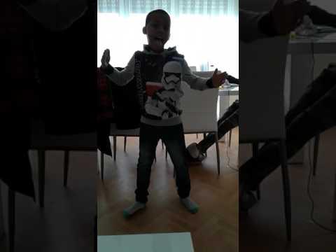 Lil Amir dancing