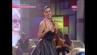 Mia Borisavljevic - Moj Beograde - Nedeljno popodne kod Lee Kis - (TV Pink 2013)