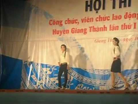 bieu dien thoi trang cong so Giang Thanh lan 1