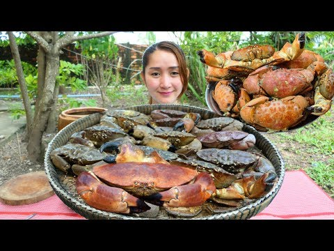 Cooking With Sros: Cooking Devon Crab With Coconut Juice Recipe
