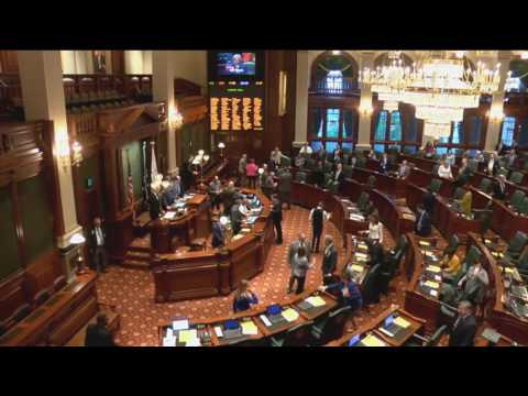 Illinois House absentee list gets long on Fridays in Springfield