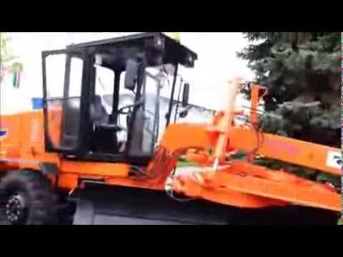 Автогрейдер на Казанской Ярмарке 2013