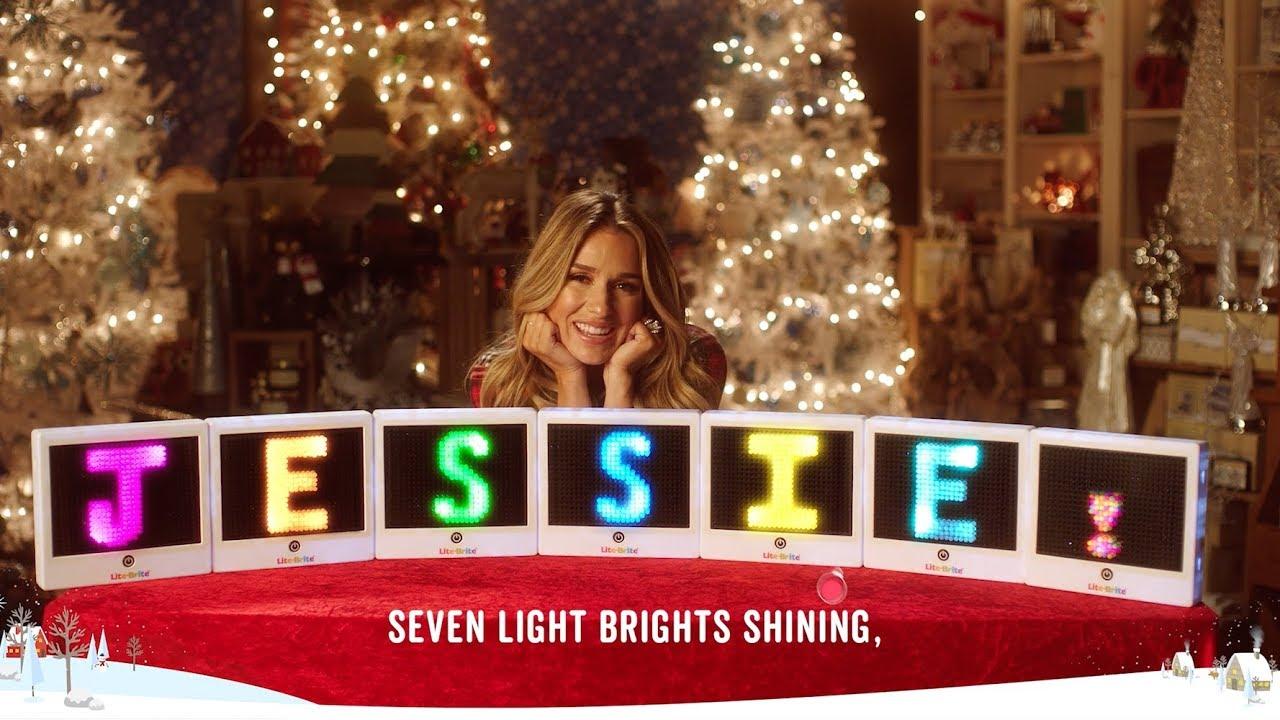 12 days of cracker barrel ft jessie james decker day 7 - Cracker Barrel Christmas Eve Hours