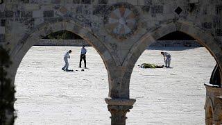 No Friday prayers after shooting at Jerusalem's holiest site thumbnail