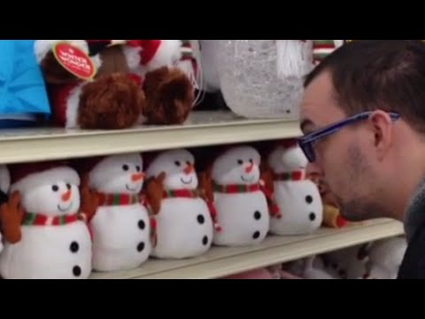 Talking Snowmen Toys Say HAIL SATAN! | What's Trending Now