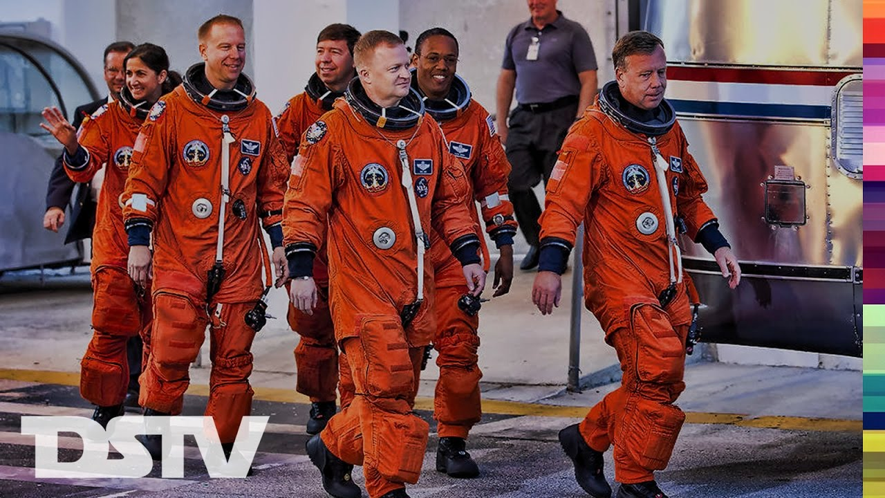 A Day In The Life Of The Space Shuttle Astronauts - YouTube