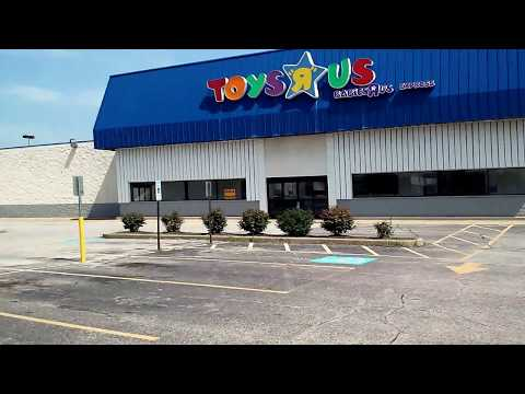 Abandoned Toys R Us, Fairview Heights, Illinois (9510)