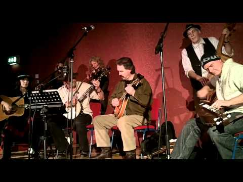 Snakewood live at the Dragon Theatre