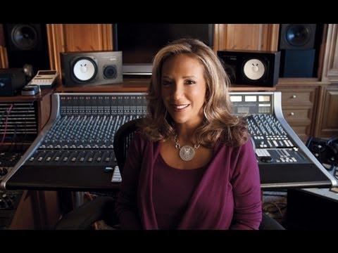 Songwriter Denouncing Citizenship To Avoid Taxes
