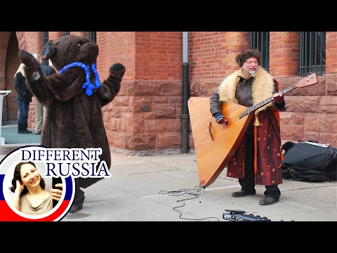 Huge Russian Balalaika and Strange Piano. What Unusual Musical Instruments Russians Can Play!