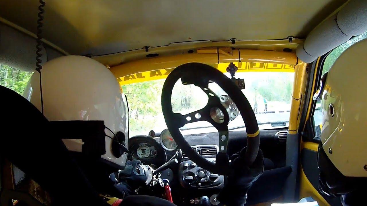 Continúa una etapa en un rally… sin volante