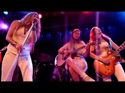 【Zepparella】 Babe I'm Gonna Leave You [with Yvette Young & Daniele Gottardo] (Slim's SF - 4/29/17)