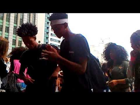 MASP - Av.Paulista - a Galera dança - MC Guime feat. Soulja Boy - Brazil We Flexing