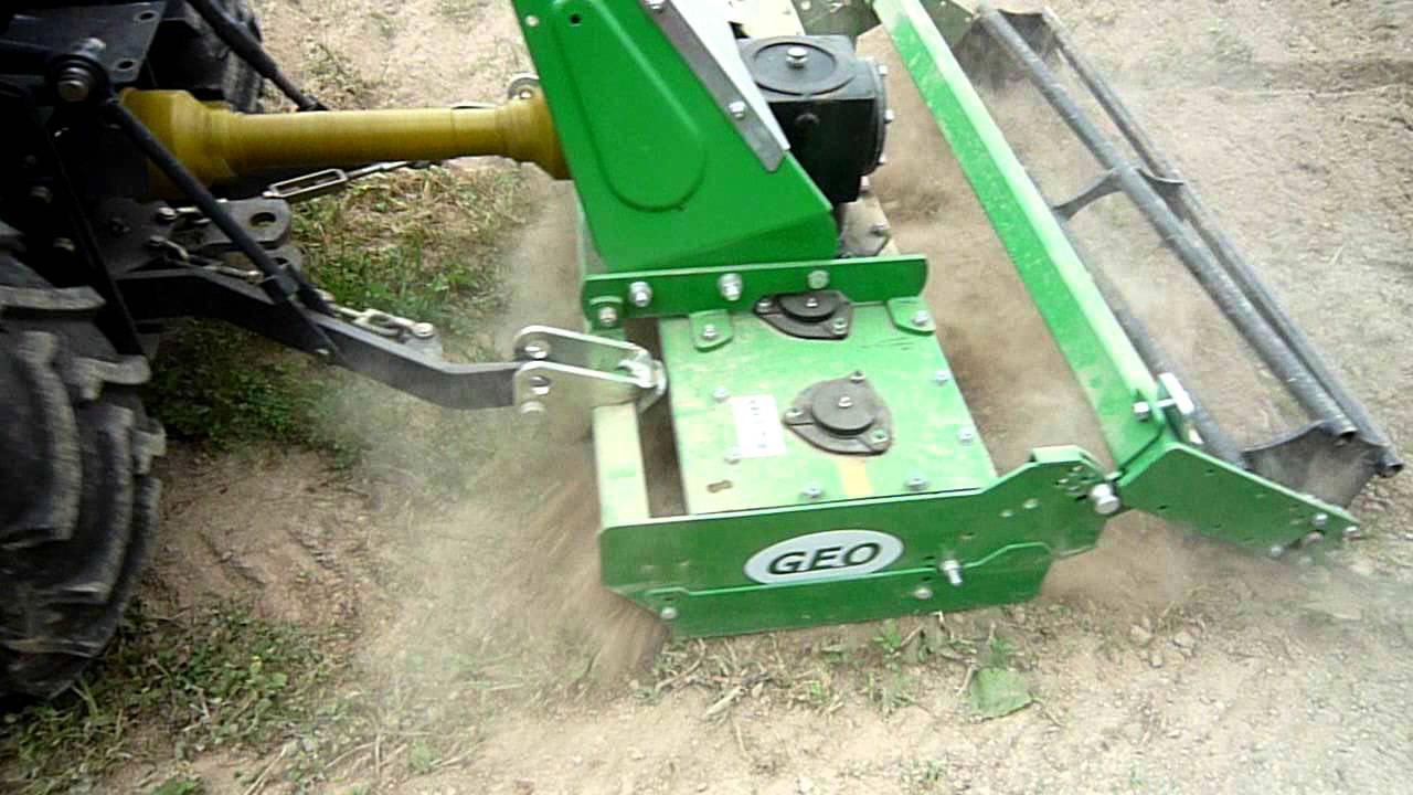 ets meynie  herse rotative avec micro tracteur 23 cv