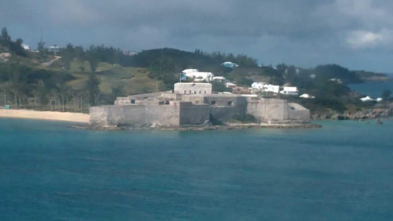 bermuda trip - pulling into king u0026 39 s wharf