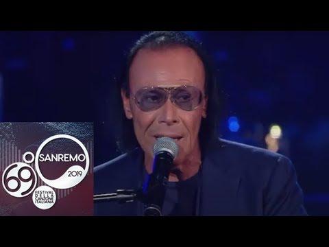 Sanremo 2019 - Antonello Venditti e Claudio Baglioni cantano 'Notte prima degli esami'