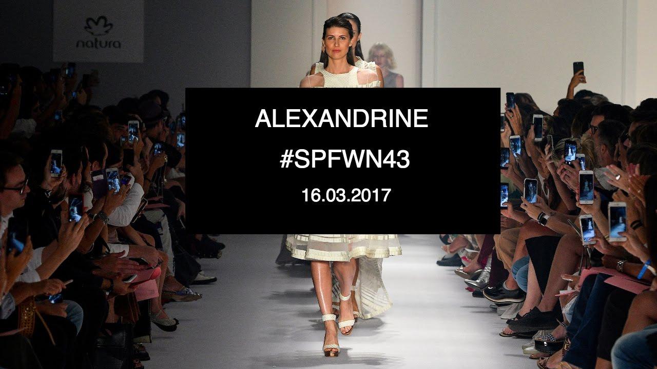 624396dee ALEXANDRINE | DESFILE #SPFW N43 - YouTube