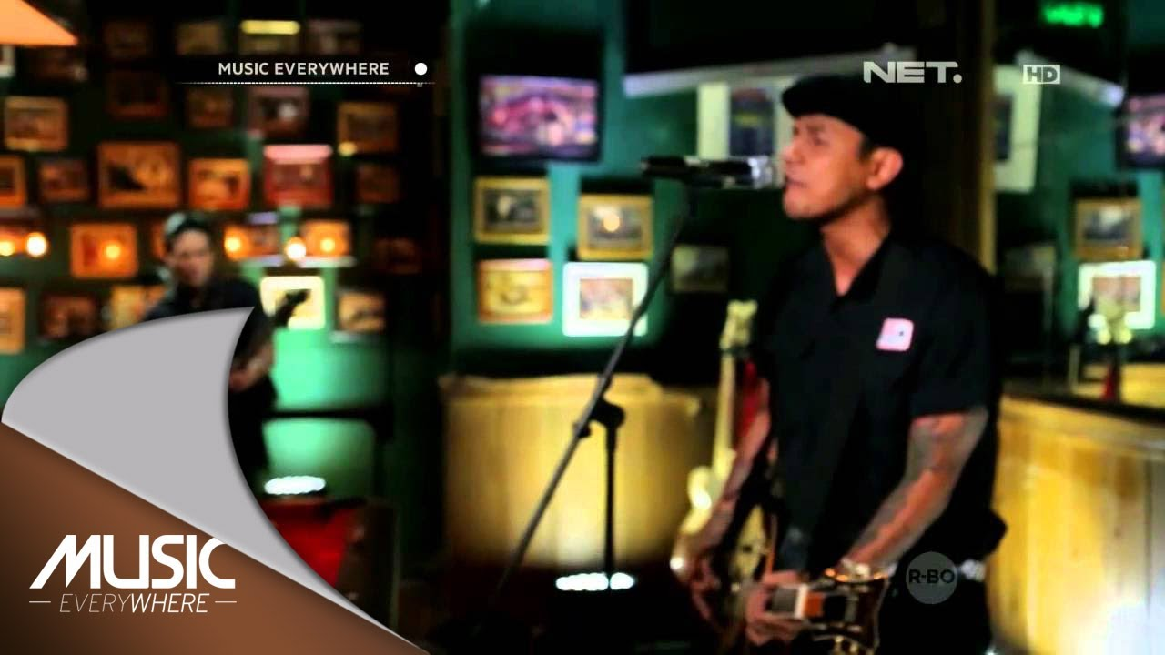 superman-is-dead-medley-the-opening-ketika-senja-bulan-dan-ksatria-music-everywhere-musiceverywherenet