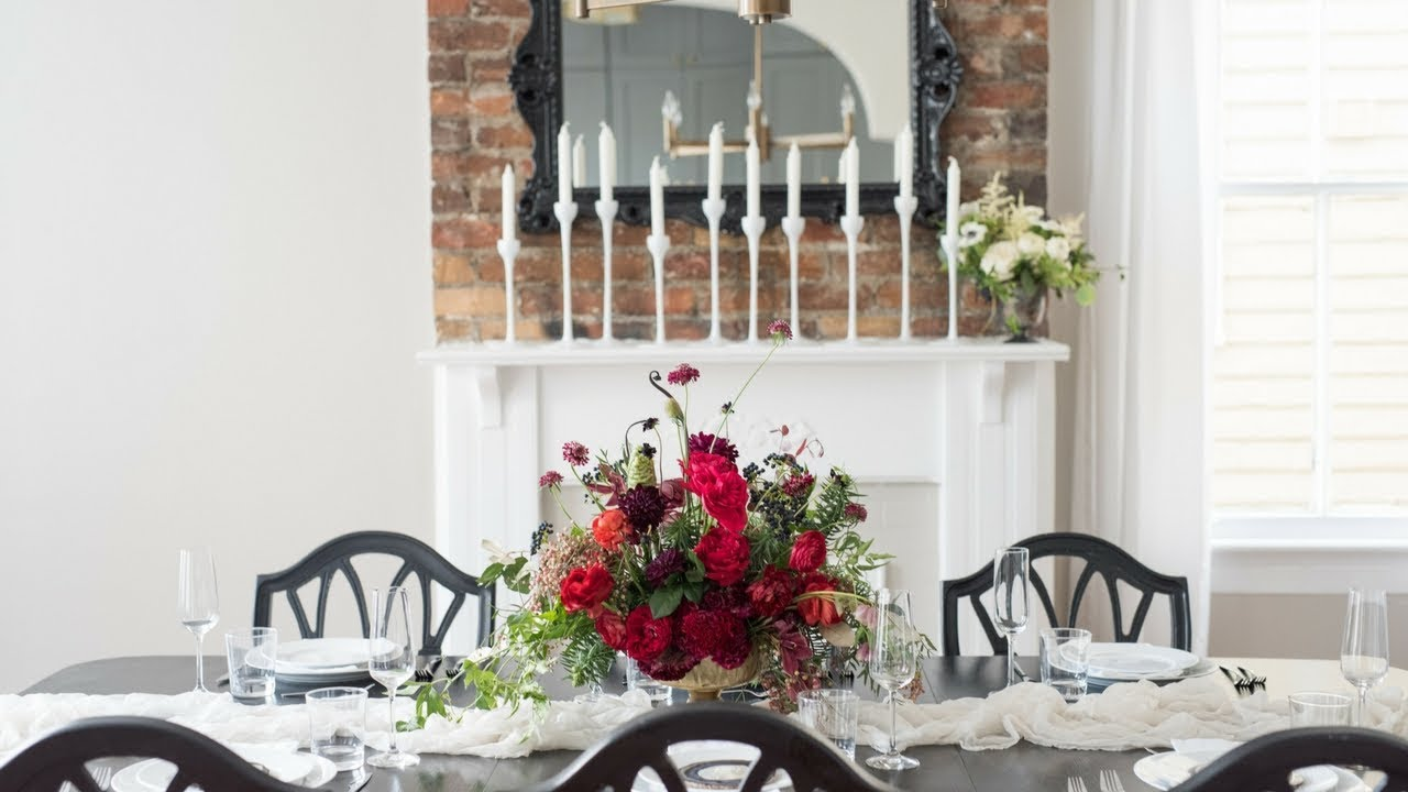 Mayesh Design Star: Unexpected Holiday Floral Arrangement - YouTube