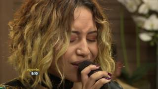Rowlene performs 'At Last'