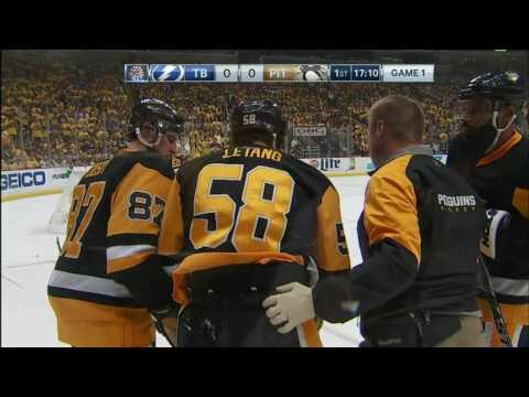 Callahan lays elbow into Letang's head for brutal hit