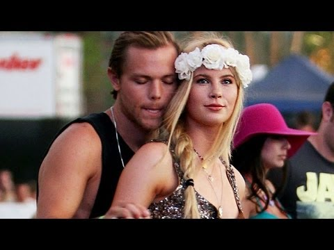 Coachella - 5 Types of People at Coachella | DAILY REHASH | Ora TV
