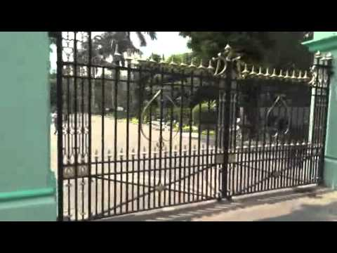 Myanmar ,Yangon zoo gates