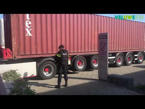 VeluweFM: Politie doet inval bij bedrijf met speciale eenheid na schietpartij Ermelo