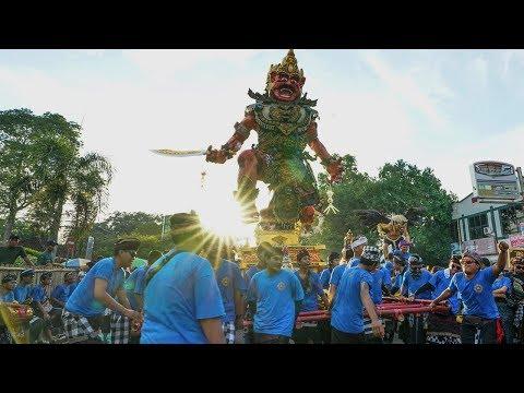 Festival Ogoh - Ogoh 16 Maret 2018 Di Cakra Mataram Lombok SERU!!! FULL VIDEO
